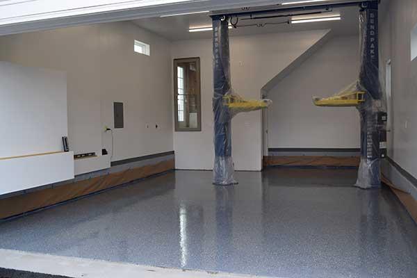 After Polyurea Garage Floor Coating With Lift