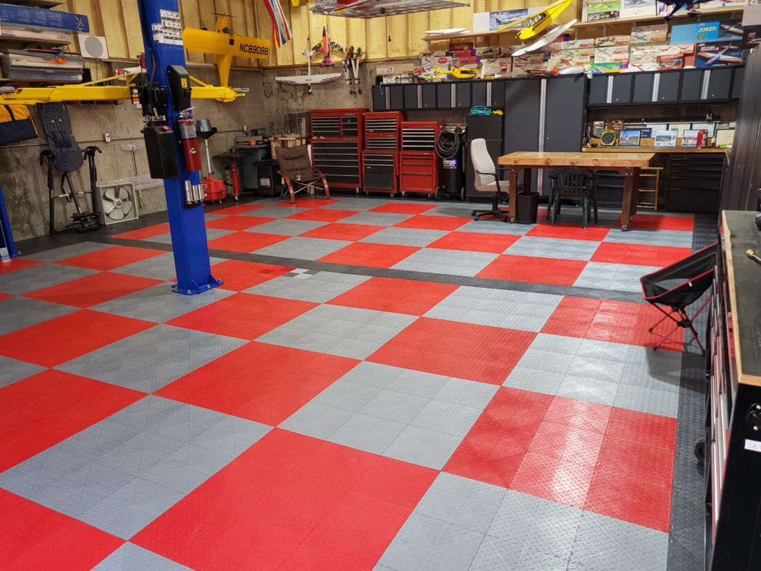 Red and Silver TrueLock HDXT Diamond Tiles
