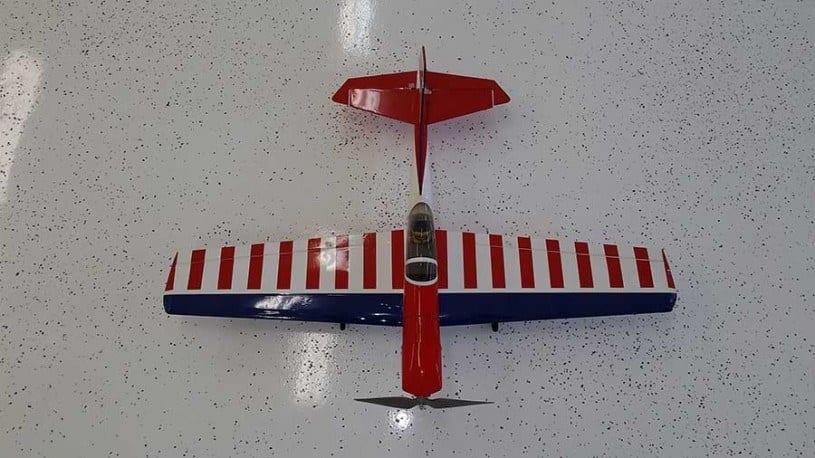 RC Plane on Coated Floor