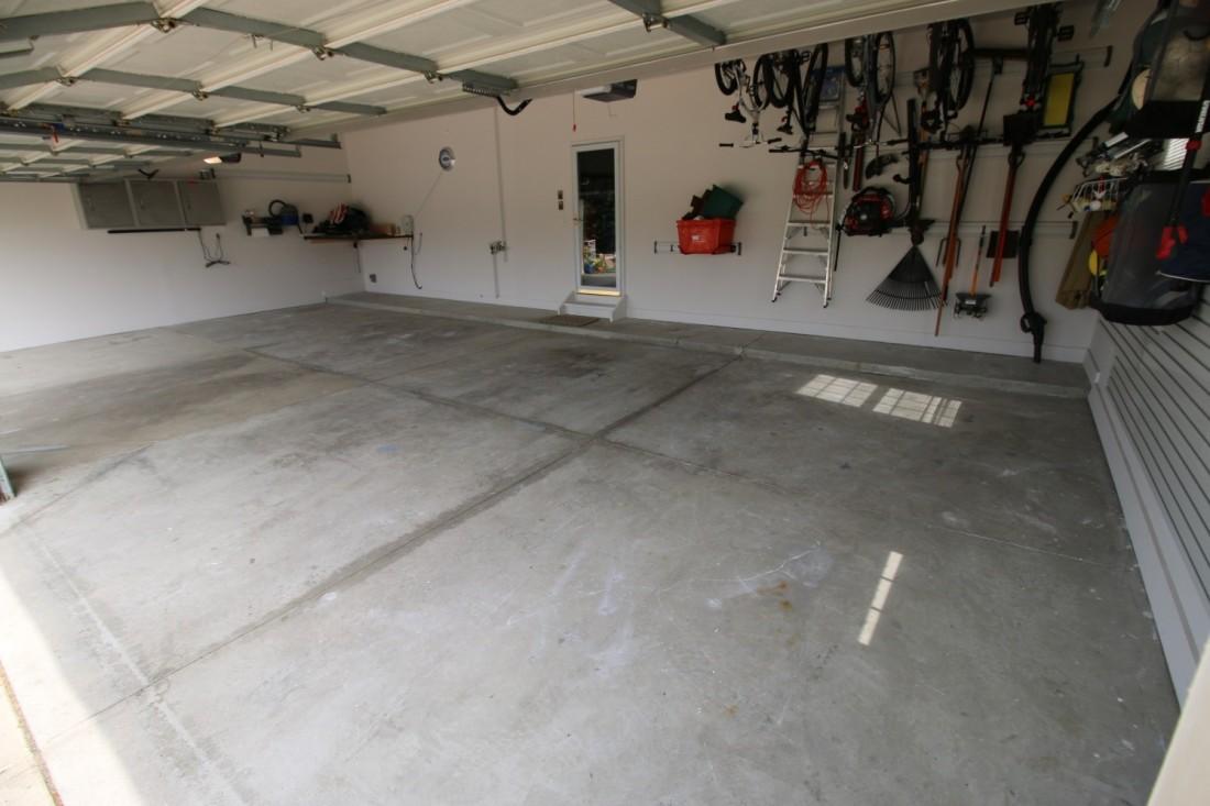 Dons Floor Before Garage Flooring LLC Epoxy