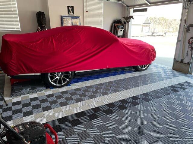 Ribbed garage floor tiles