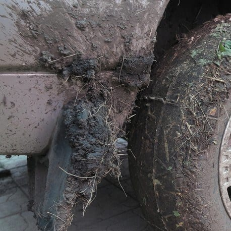 Containment Mats Perfect for Muddy TIres