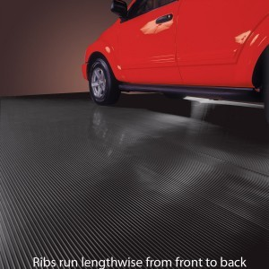 Ribs run the length of the mat